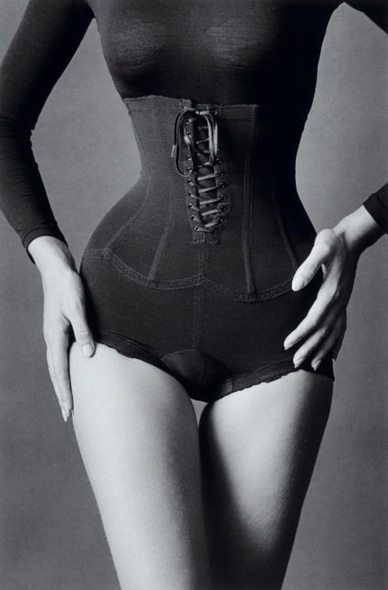 La Búsqueda del Cuerpo Femenino Perfecto - IVANCE