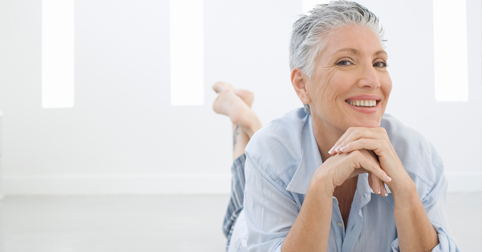 Envejecer con dignidad o envejecer dignamente